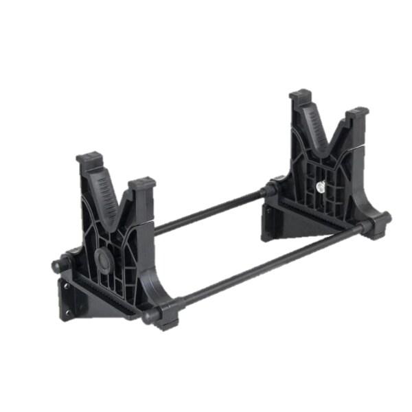 Vapenhållare för mek med väggfäste i svart.